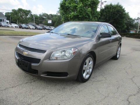 2012 Chevrolet Malibu for sale at Triangle Auto Sales in Elgin IL