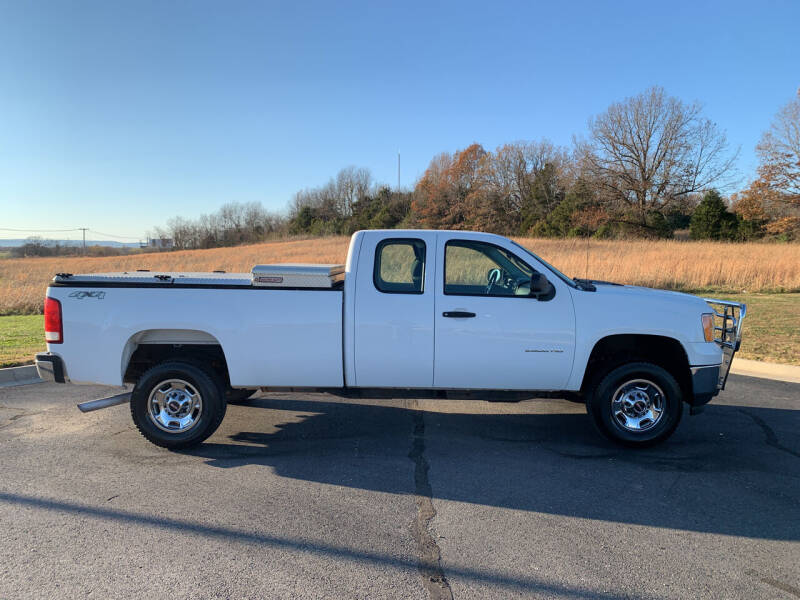 2011 GMC Sierra 2500HD for sale at V Automotive in Harrison AR
