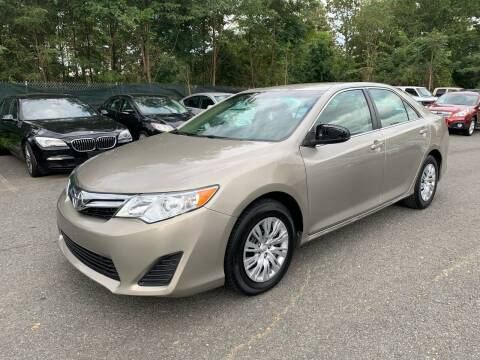 2014 Toyota Camry for sale at Dream Auto Group in Dumfries VA