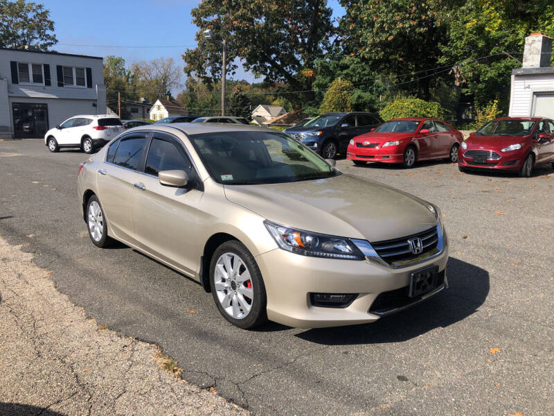 2013 Honda Accord for sale at Chris Auto Sales in Springfield MA