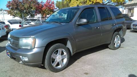 2007 Chevrolet TrailBlazer for sale at Larry's Auto Sales Inc. in Fresno CA
