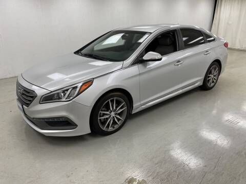 2017 Hyundai Sonata for sale at Kerns Ford Lincoln in Celina OH