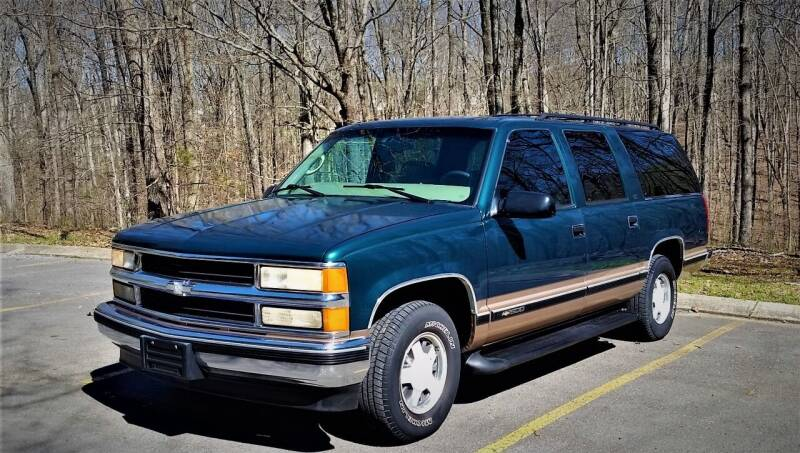 1997 Chevrolet Suburban for sale at Brian's Auto Mart in Greenbrier TN