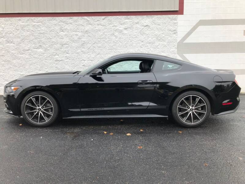 2016 Ford Mustang for sale at Ryan Motors in Frankfort IL