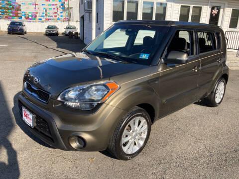 2013 Kia Soul for sale at B & M Auto Sales INC in Elizabeth NJ