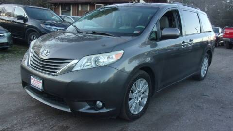 2014 Toyota Sienna for sale at Select Cars Of Thornburg in Fredericksburg VA