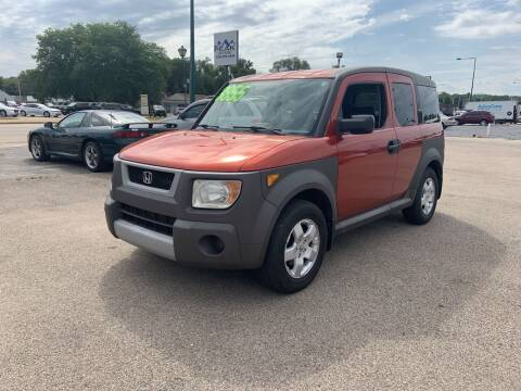2005 Honda Element for sale at Peak Motors in Loves Park IL