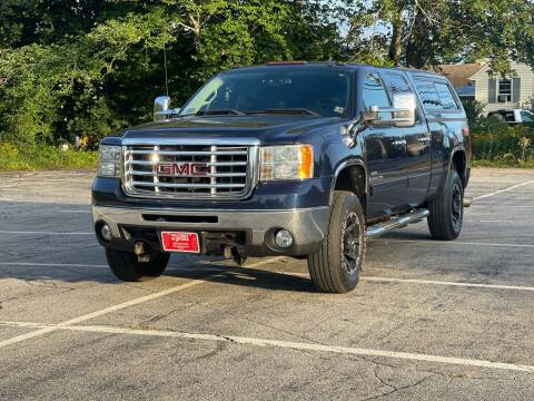 2009 GMC Sierra 2500HD for sale at Hillcrest Motors in Derry NH