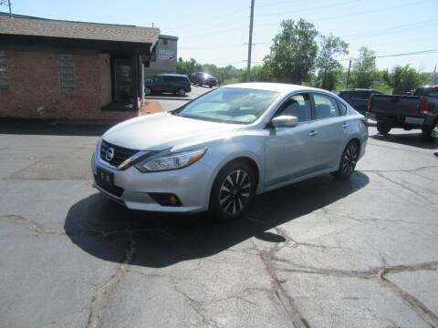 2018 Nissan Altima for sale at Riverside Motor Company in Fenton MO