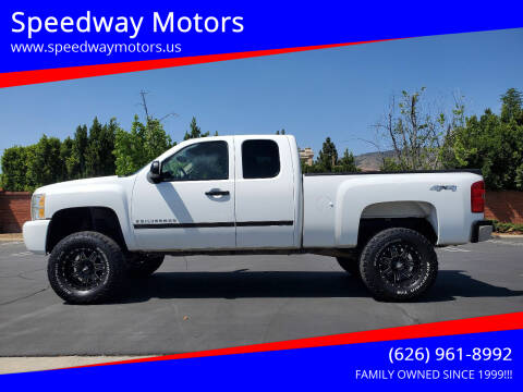 2009 Chevrolet Silverado 1500 for sale at Speedway Motors in Glendora CA