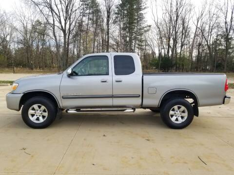 2005 Toyota Tundra for sale at Lease Car Sales 3 in Warrensville Heights OH