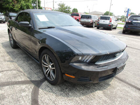 2012 Ford Mustang for sale at U C AUTO in Urbana IL
