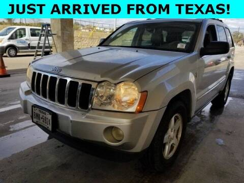 2005 Jeep Grand Cherokee for sale at St. Croix Classics in Lakeland MN