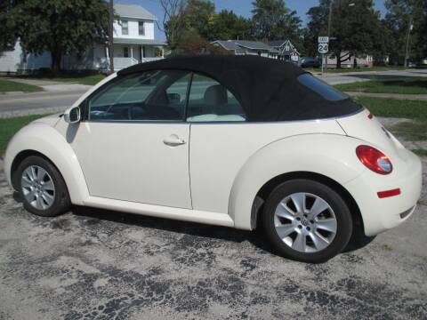 2008 Volkswagen New Beetle Convertible for sale at Styln Motors in El Paso IL