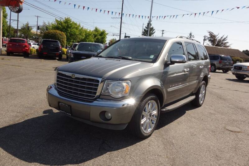 2007 Chrysler Aspen for sale at Leavitt Auto Sales and Used Car City in Everett WA