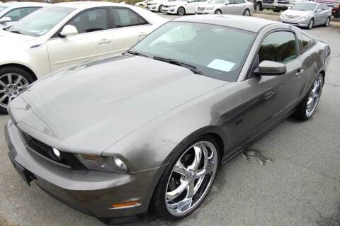 2010 Ford Mustang for sale at Modern Motors - Thomasville INC in Thomasville NC