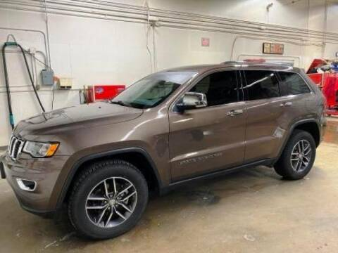 2017 Jeep Grand Cherokee for sale at Platinum Car Brokers in Spearfish SD