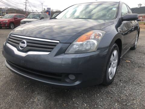 2007 Nissan Altima for sale at AUTO OUTLET in Taunton MA