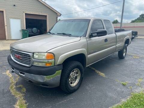 2002 GMC Sierra 2500HD for sale at MARK CRIST MOTORSPORTS in Angola IN