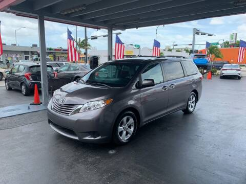 2015 Toyota Sienna for sale at American Auto Sales in Hialeah FL