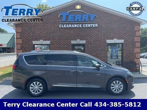 2018 Chrysler Pacifica for sale at Terry Clearance Center in Lynchburg VA