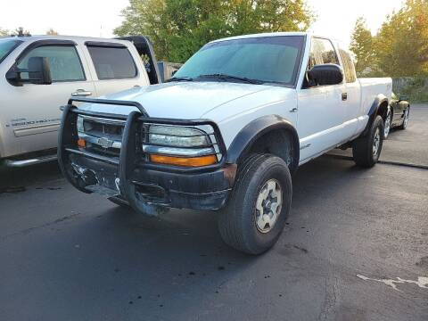 2002 Chevrolet S-10 for sale at Cruisin' Auto Sales in Madison IN