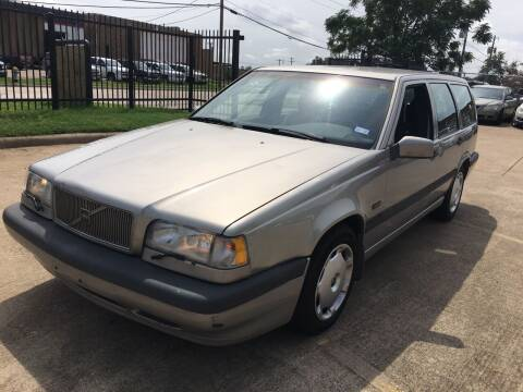 1997 Volvo 850 for sale at TETCO AUTO SALES  / TETCO FUNDING in Dallas TX