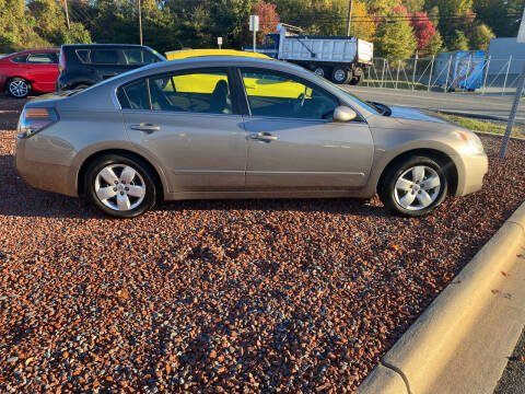 2008 Nissan Altima for sale at Big Daddy's Auto in Winston-Salem NC