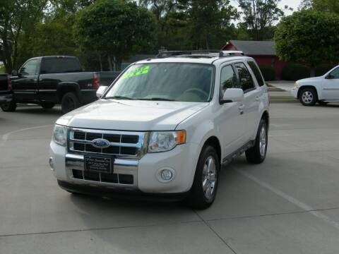 2009 Ford Escape for sale at The Auto Specialist Inc. in Des Moines IA