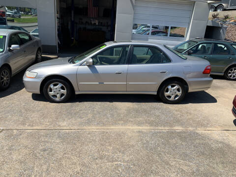 1999 Honda Accord for sale at State Line Motors in Bristol VA