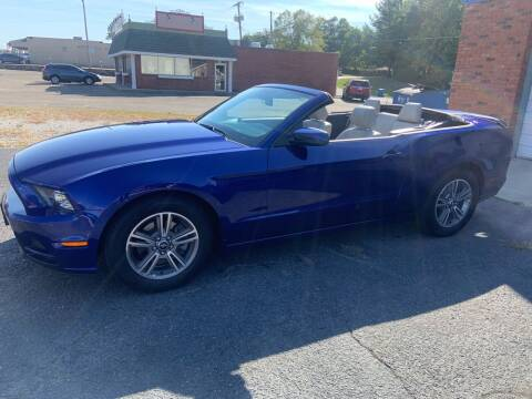 2013 Ford Mustang for sale at GENE AND TONYS DEMOTTE AUTO SALES in Demotte IN