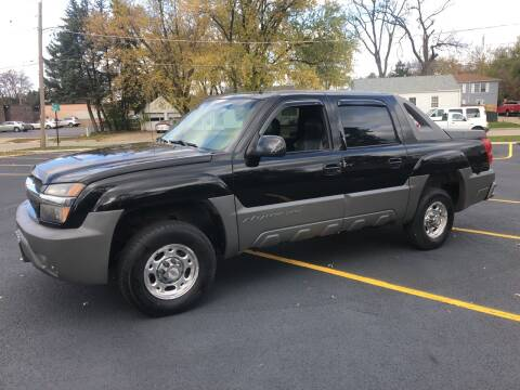 2002 Chevrolet Avalanche for sale at CPM Motors Inc in Elgin IL
