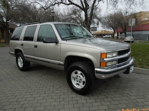 1999 Chevrolet Tahoe for sale at Family Truck and Auto.com in Oakdale CA