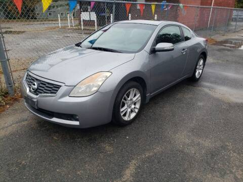 2008 Nissan Altima for sale at Topham Automotive Inc. in Middleboro MA