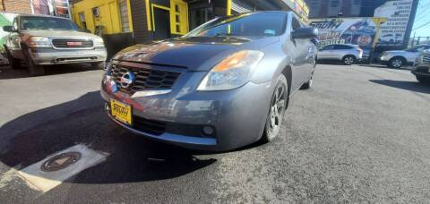 2009 Nissan Altima for sale at South Street Auto Sales in Newark NJ