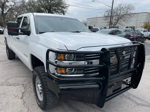 2017 Chevrolet Silverado 2500HD for sale at PRESTIGE AUTOPLEX LLC in Austin TX