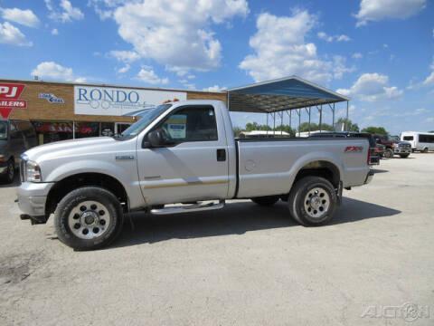 2005 Ford F-350 Super Duty for sale at Rondo Truck & Trailer in Sycamore IL