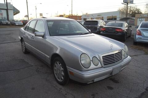 1998 Mercedes-Benz E-Class for sale at Green Ride Inc in Nashville TN