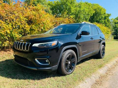 2019 Jeep Cherokee for sale at VanHoozer Auto Sales in Lawton OK