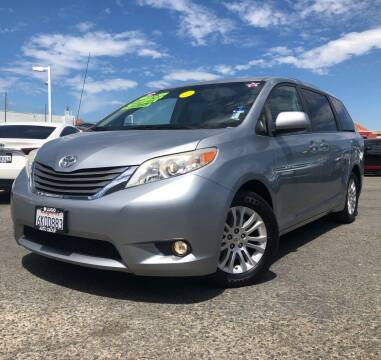 2011 Toyota Sienna for sale at LUGO AUTO GROUP in Sacramento CA