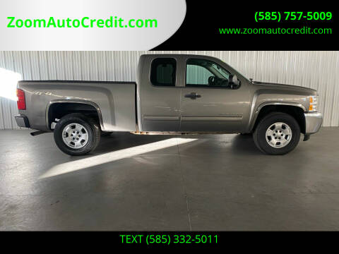 2013 Chevrolet Silverado 1500 for sale at ZoomAutoCredit.com in Elba NY