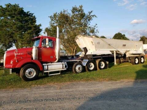 2004 Western Star 4900 SB for sale at Vehicle Network - Down Home Truck and Equipment in Warsaw VA