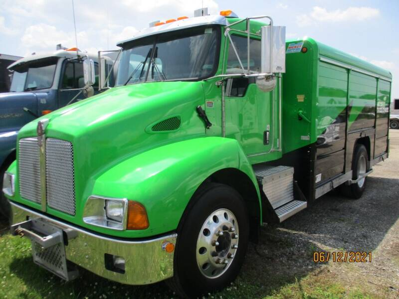 2007 Kenworth T300 for sale at ROAD READY SALES INC in Richmond IN