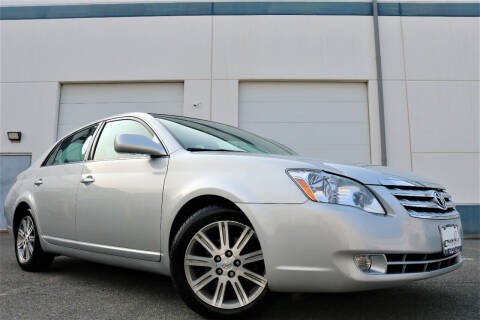 2005 Toyota Avalon for sale at Chantilly Auto Sales in Chantilly VA