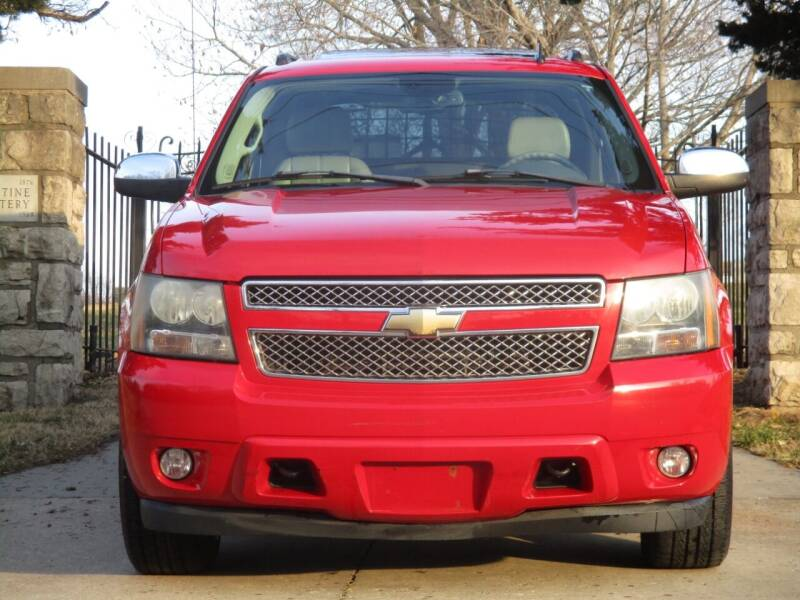 2008 Chevrolet Avalanche for sale at Blue Ridge Auto Outlet in Kansas City MO
