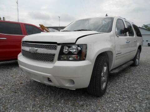 2011 Chevrolet Suburban for sale at David Hammons Classic Cars in Crab Orchard KY