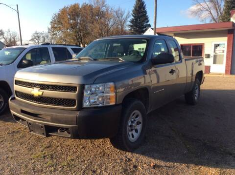 2013 Chevrolet Silverado 1500 for sale at Kimpton Auto Sales in Wells MN
