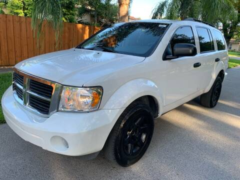 2009 Dodge Durango for sale at FINANCIAL CLAIMS & SERVICING INC in Hollywood FL