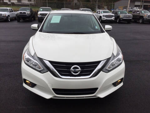 2016 Nissan Altima for sale at Beckham's Used Cars in Milledgeville GA