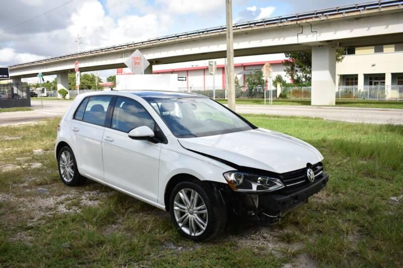 2016 Volkswagen Golf 1.8T SE PZEV 4dr Hatchback - Miami FL
